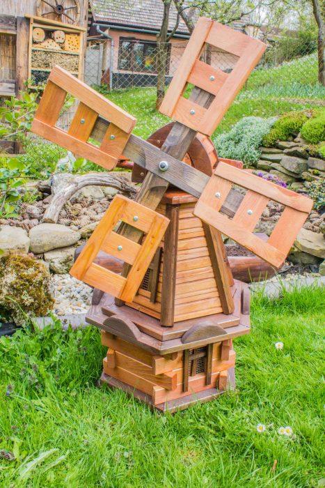 dreveny veterny mlyn