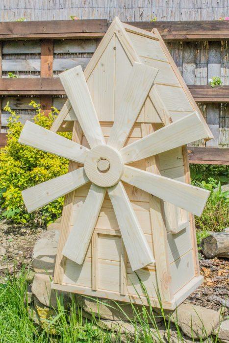 dreveny mlyn