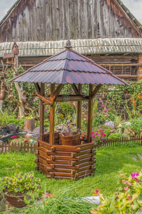 drevena studna dekoracia do zahrady